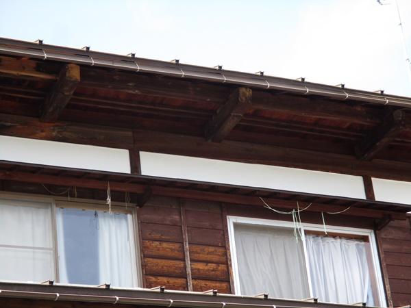 十日町市で新築なら水落住建の雨樋修理