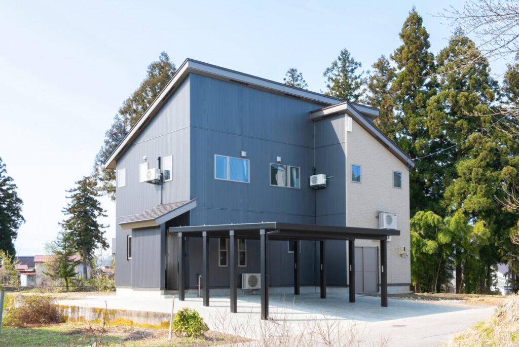 十日町市で新築なら水落住建のカーポート住宅